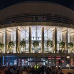 apple-dubai-mall-foster-partners-architecture-retail-uae_dezeen_2364_col_6 (1)