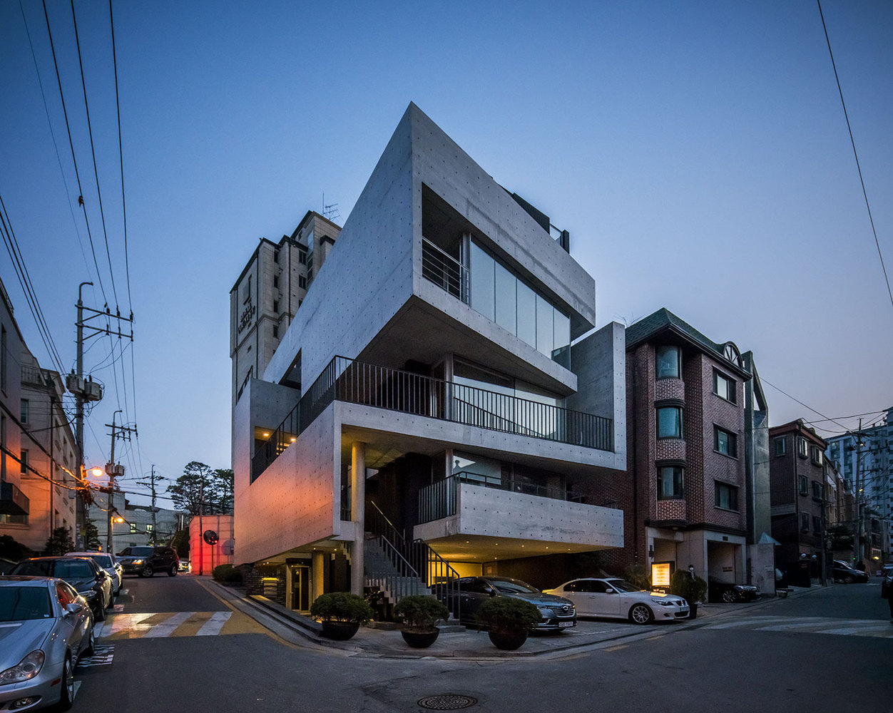 seoul-neo-brutalist-29