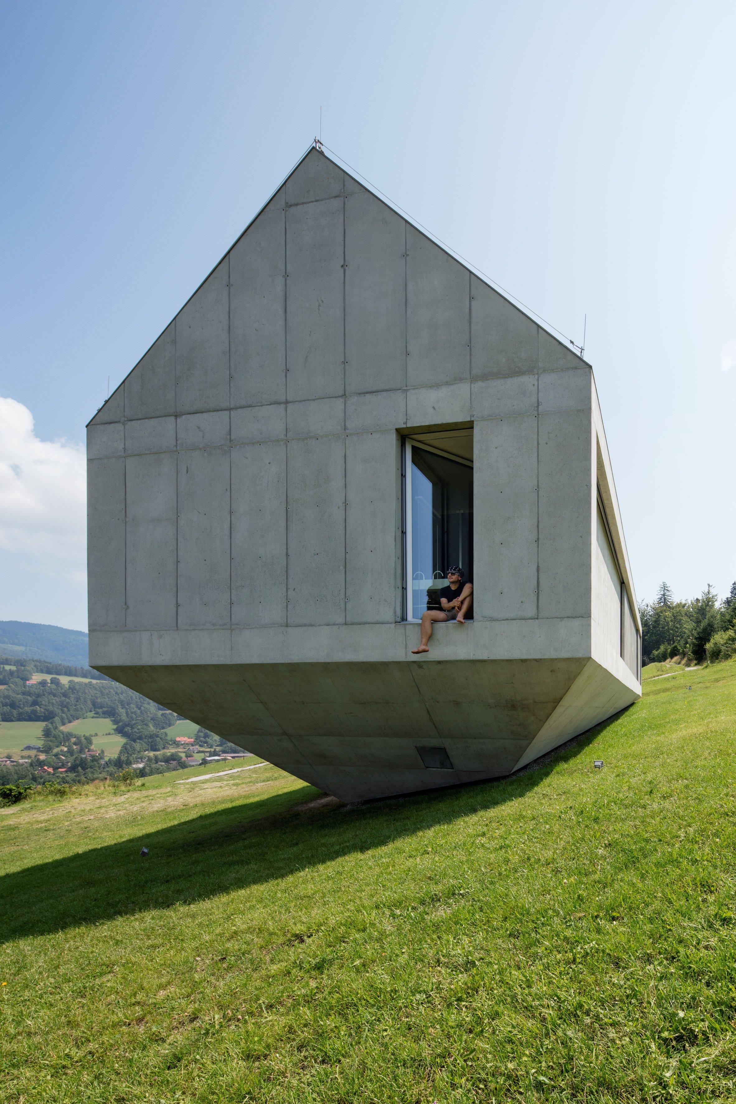 konieczny-ark-robert-konieczny-architecture-residential-krakow-poland-houses_dezeen_2364_col_23