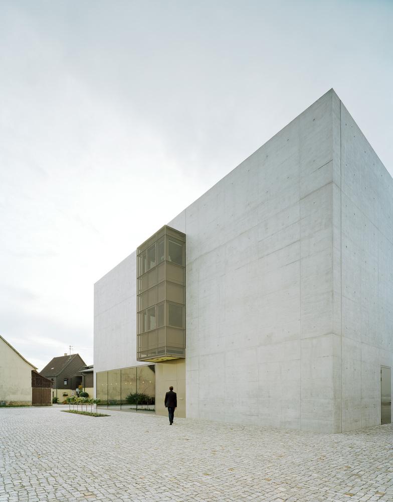 Brigida González / Greiner Headquarter / f m b architekten