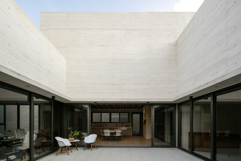Lorena Darquea / Acolhúas House / SPRB arquitectos
