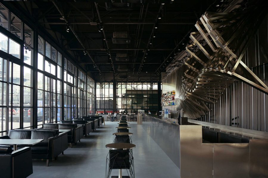 ACE Cafe 751 / dEEP Architects