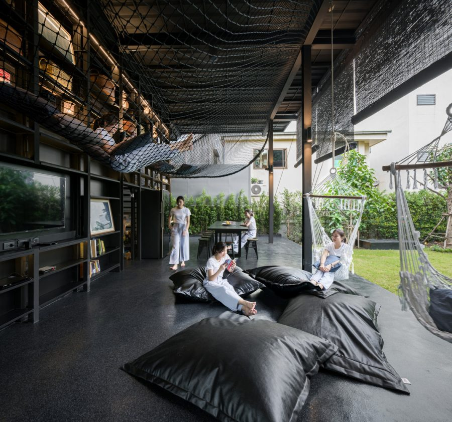 KLOEM Hostel / IF (Integrated Field)